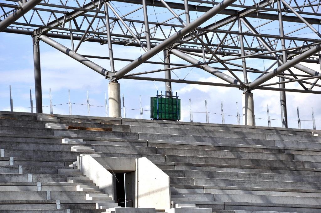 stadion10_maj2013