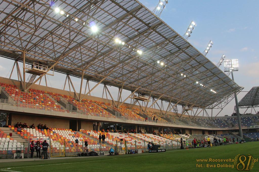 Stadion7_TSP_Górnik_1415